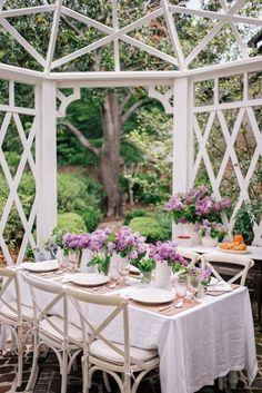 Grand Art, Garden Party Wedding, Garden Parties, Mothers Day Brunch, Outdoor Spaces, Outdoor Decor, Gal Meets Glam, Al Fresco Dining, Elegant Homes