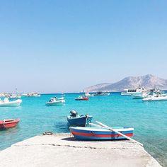 The peaceful and colorful Koufonisia islands Cyclades Santorini Villas, Mykonos, Santorini Greece, Cyclades Islands, Greece Islands, Paros, Destinations, Greek House, Heaven On Earth