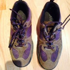 🗣👞Men's BASS Brand Trail shoes Well-worn, but in good condition. Needs new laces. Very sturdy and comfortable. Still has life left... Bass Shoes Athletic Shoes