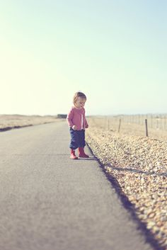 Beach photography, toddler, girl, 2 year old, lifestyle photography, family photoshoot