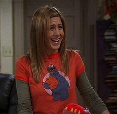 Jennifer Aniston🌷T-Shirts Over Long-Sleeve Shirts Rachel Green Outfits, Rachel Green Style, Friends Mode, Friends Tv, Friends Episodes, Friends Moments, 1990s Fashion Trends, Wardrobe Images, Jenifer Aniston
