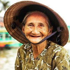 The Famous Madame Xong #vietnam  #igs_asia #portrait #portraitpage #portraits_ig #portrait_shots #igphotoworld #picoftheday #photooftheday  #canonasia @visitvietnam @charmingvietnam @canonvietnam #canon6D #geo @natgeotravel #thisislifedaily @unlimitedasia #nofilter #travel #vietnamphoto  @vietnam.love @geomagazin @canon_photos @naturallight #canonteam