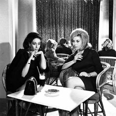 Finos Film - Photo Gallery Ταινίας: 'Γαμπρός Από Το Λονδίνο' (1967)