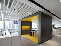 Bylu Design was engaged by Pirelli, an Italian tire company, to design their offices located in Shanghai, China. Pirelli was founded in Milan in It Grey Flooring, Vinyl Flooring, Glass Partition Designs, Industrial Office Design, Concrete Texture, Light Grey Walls, Open Office, White Tiles, Working Area