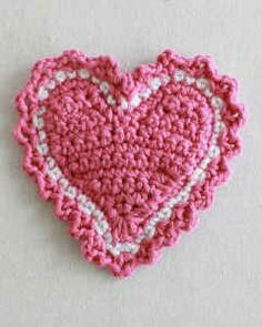 Free crochet pattern for this cute heart coaster.