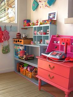 home inspiration: COLOUR-FULL KID SPACES