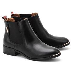 moje buty ;(
