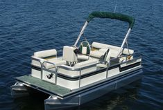 Sport pontoon boats for sale - 1700 Super Sport Pontoon boat is specialized mini and compact sport pontoons boats manufactured by Kennedy Pontoons, Wisconsin. Electric Pontoon Boat, Pontoon Boats For Sale, Fishing Boats For Sale, Pontoon Boating, Lake Toys, Hunter Boats, Marine Plywood, Duck Boat, Kayaking