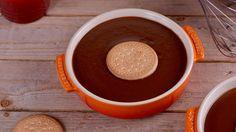 Receta de Natillas de chocolate, un postre sencillo y fácil de hacer que triunfa siempre elaborado por la experta en repostería Alma Obregón.