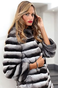 Chinchilla Fur Jacket with whole skins. Made in Italy. Skins Quality: VELVET; Color: Black-Grey-White; Closure: With hooks; Collar: Round; Lining: 100% Satin; Lining Color: Fantasy, Multicolor; Length: 70 cm;