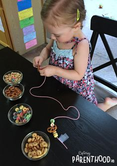 A great fine motor skills activity! A great fine motor skills activity! The post Snack Necklaces! A great fine motor skills activity! Motor Skills Activities, Preschool Learning Activities, Infant Activities, Fun Activities, Kids Learning, At Home Toddler Activities, Activities For 3 Year Olds, Outdoor Activities For Toddlers, Children Activities