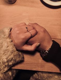 Find images and videos about love, couple and Relationship on We Heart It - the app to get lost in what you love. Cute Couple Pictures, Love Couple, Love Photos, Couple Goals Relationships, Relationship Goals Pictures, Couple Photoshoot Poses, Couple Photography Poses, Couple Hands, Applis Photo