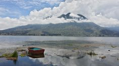 Puerto Lago en Otavalo, Imbabura http://www.ecuadorgalapagostravels.ec/index.php?pagina=hotels