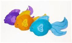 Felt Fish Pattern - Fish Plushie - PDF Felt Pattern and Instructions For Frankie… Fish Ornaments, Christmas Ornaments, Felt Fish, Sea Crafts, Under The Sea Party, Fish Patterns, Felt Animals, Craft Fairs, Plushies