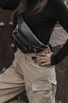 Best Picture For waist bag outfit formal For Your Taste You are looking for something, and it is goi Outfits For Teens, Casual Outfits, Cute Outfits, Fashion Outfits, Womens Fashion Online, Latest Fashion For Women, Trendy Swimwear, Tumblr Outfits, Aesthetic Clothes