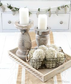 Happy-Holidays-Home-Tour-pom-poms-and-chunky-candle-holders.jpg (700×836)
