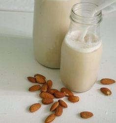 Almond Milk – And More Almond Recipes.i plan to try almond milk. Make Almond Milk, Almond Milk Recipes, Homemade Almond Milk, Raw Food Recipes, Almond Flour, Coconut Milk, Healthy Recipes, Easy Recipes, Cashew Milk