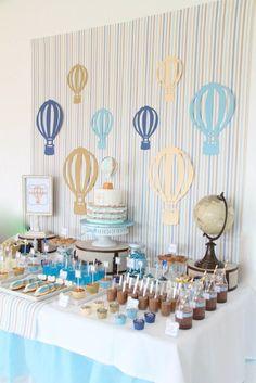 Hot Air Balloon Themed Second Birthday Party {Ideas, Decor, Planning} Geburtstagsfeier zum Thema Hei Deco Baby Shower, Baby Shower Vintage, Baby Shower Balloons, Birthday Balloons, Baby Boy Shower, Birthday Parties, Baby Birthday, Baby Party, Baby Shower Parties