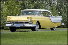 1957 Ford Fairlane 2-Door Hardtop 292 CI, 3-Speed Automatic for sale by Mecum Auction