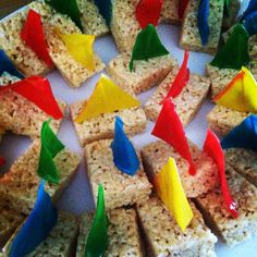 Sailboat rice crispy treats with fruit roll up sails. Sailboat rice crispy treats with fruit roll up sails. Cub Scouts Wolf, Tiger Scouts, Scout Mom, Girl Scouts, Rain Gutter Regatta, Cub Scout Activities, Pack Meeting, Man Cub, Scout Camping