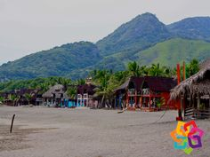 MICHOACÁN MÉXICO. ¿Sabe cuál es el mejor lugar para practicar surf en México? En la costa de Michoacán se encuentra Nexpa, una localidad del municipio de Lázaro Cárdenas. Gracias a su alto oleaje, esta paradisiaca playa es el lugar perfecto para los aventureros que gustan de practicar el surf. Llegando al lugar, puede rentar alguna de las cabañas que se encuentran en la costa y disfrutar de la brisa del mar. Viva una nueva experiencia en esta hermosa playa. AG HOTEL http://www.aghotel.com.mx