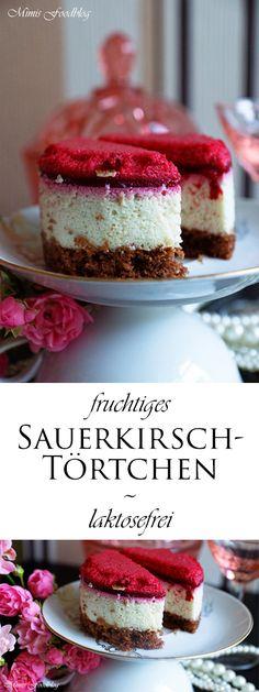 Laktosefreie Sauerkirsch-Törtchen mit veganer Minz-Creme und Amaretto. Ein luftig, leichter und cremiger Traum. Müsst Ihr unbedingt mal selbst probieren!