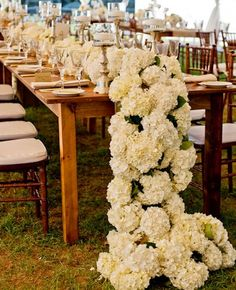 flower table runners