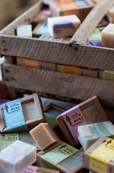 Make your own soap - Little Soap Company #CraftBoard