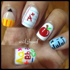 Back to school nails. That& my style! Nail Polish Designs, Cute Nail Designs, Acrylic Nail Designs, Acrylic Nails, School Nail Art, Back To School Nails, Fancy Nails, Love Nails, Pretty Nails
