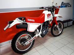 """224 """"Μου αρέσει!"""", 14 σχόλια - Andrea Vecci GORI*CREW (@andreaveccicook) στο Instagram: """"qualcuno gode stasera!!! #yamaha#yamahatt#tt600 #vintage#restauro#restored #vintagebikes#motorbike…"""" Vintage Bikes, Bike Trails, Motorbikes, Yamaha, Restoration, Motorcycle, Instagram, Antique Bicycles, Vintage Motorcycles"""