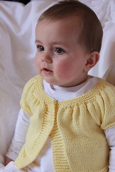 Ravelry: Baby Kina (short+ long sleeved version) pattern by Muriela