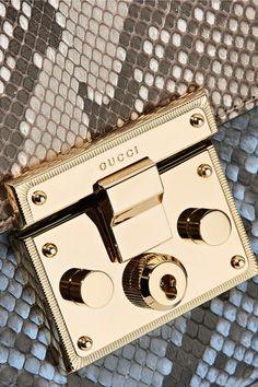 Gucci - Padlock Medium Python Shoulder Bag - Snake print - one size