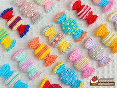 Crochet Cake, Crochet Food, Cute Crochet, Crochet For Kids, Crochet Crafts, Crochet Projects, Crochet Gloves Pattern, Crochet Buttons, Crochet Patterns Amigurumi