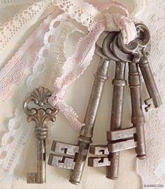 Just some of my collection. Antique Keys, Vintage Keys, Vintage Love, Vintage Decor, Under Lock And Key, Key Lock, Door Knobs And Knockers, Old Keys, Fru Fru