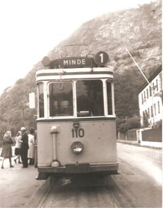 Trafikksjefens samling tok dette bildet fra Sandviken men årstall vet jeg ikke Ja bildet er tatt fra Bergens sporveis historie