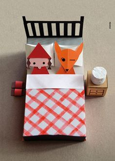 Little Red Riding Hood Paper Sculpture by milimbo on Etsy Diy For Kids, Crafts For Kids, Arts And Crafts, Diy Crafts, Cardboard Toys, Paper Toys, Red Ridding Hood, Illustration, Little Red