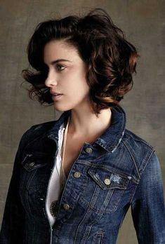 22.Short-Curly-Brown-Hairstyle.jpg (500×739)