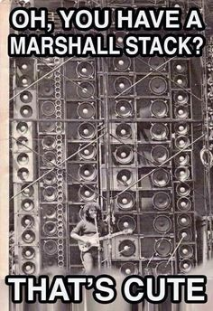 "Jerry Garcia performs in front the Grateful Dead's famous ""Wall of Sound"" Recital, Vinyl Collection, Dead Pictures, Music Pictures, Wall Of Sound, Dead And Company, The Jam Band, Forever Grateful, Humor Grafico"