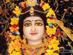 http://harekrishnawallpapers.com/sri-radha-close-up-iskcon-calcutta-wallpaper-001/