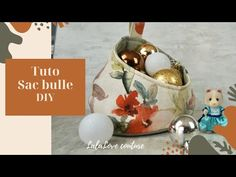 Tuto Coudre un panier à rangement (sac bull) /bubble basket ,storage pod - YouTube Sewing Hacks, Sewing Tutorials, Sewing Projects, Sewing Patterns Free, Free Pattern, Fabric Bowls, Diy Bags Purses, Patchwork Bags, Basket Storage