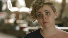 Mae Whitman | I ADORE her and pretty much every iteration of her hair on the show, Parenthood.