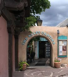 The Alley Cantina - On the Plaza in Taos, New Mexico~Great for an evening of drinks! http://alleycantina.com/