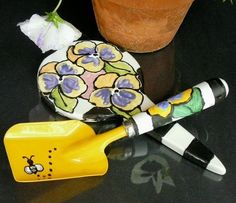 Handmade Ceramics and pottery on Etsy - FLOWERING PANSIES GARDEN MARKER hand painted pottery with matching Hand Painted Garden Shovel by MagicMarkingsArt