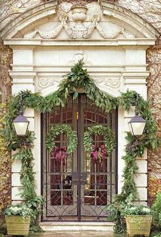 Great elegant entrance...holiday ready!!! I just want this is be my front door all year long!