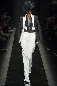 Catwalk photos and all the looks from Emanuel Ungaro Autumn/Winter 2015-16 Ready-To-Wear Paris Fashion Week