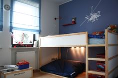 7 Year Old Boys Bedroom: airplanes and helicopters