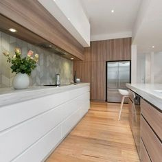 Custom Kitchen Rennovation Done in Melbourne - RoomFour White Kitchen Island, Open Plan Kitchen, New Kitchen, Living Room Kitchen, Home Decor Kitchen, Kitchen Interior, Kitchen Ideas, Luxury Kitchens, Home Kitchens