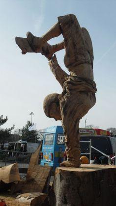 Chainsaw Art so impressive.