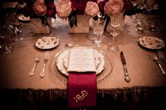 What a beautiful table! Love this!