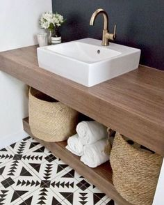 Half bathroom ideas and they're perfect for guests. They don't have to be as functional as the family bathrooms, so hope you enjoy these ideas. Update your bathroom decor quickly with these budget-friendly, charming half bathroom ideas # bathroom Bathroom Toilets, Basement Bathroom, Bathroom Flooring, Bathroom Interior, Bathroom Vanities, Bathroom Storage, Design Bathroom, Bathroom Fixtures, Paint Bathroom